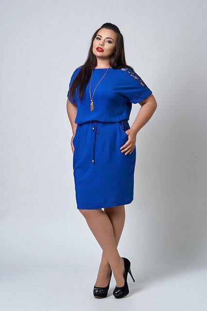 Летнее штапельное платье с кружевными вставками р.50-56