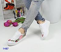 Женские кеды с вышивкой, обувной текстиль, белый / кеды для девочек, стильные