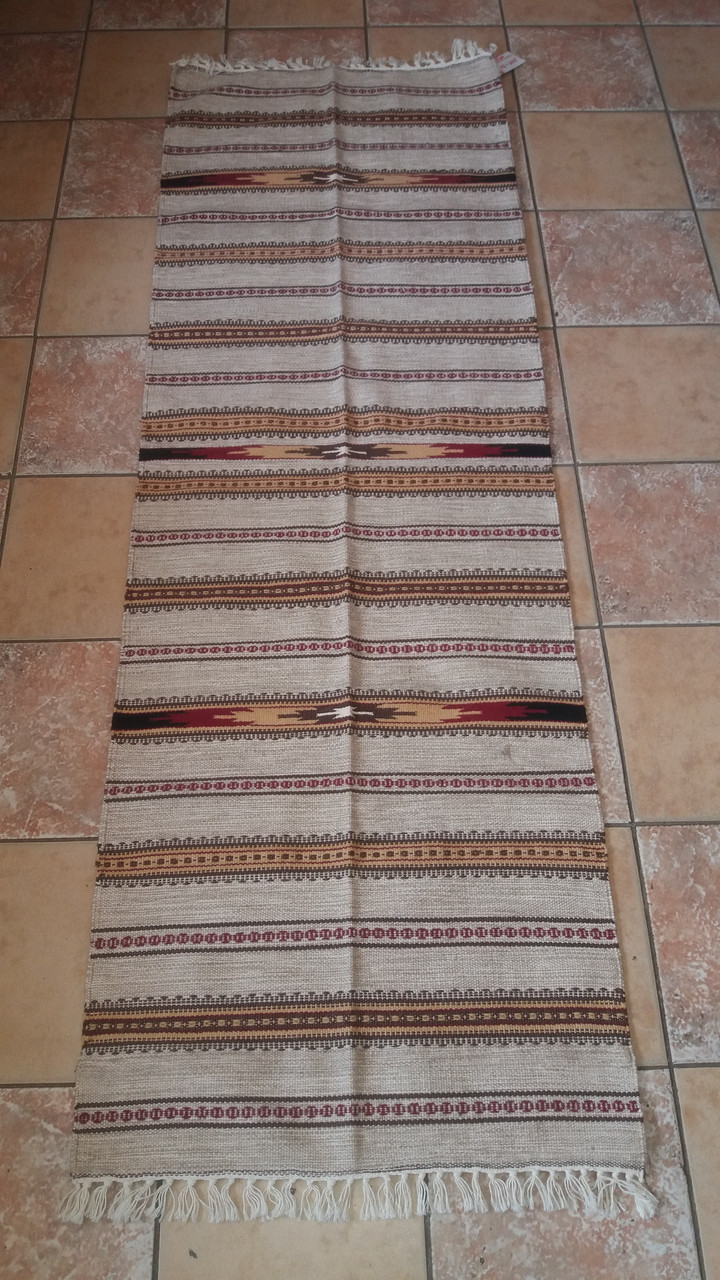 Сіра шерстяна доріжка коврова з красивим орнаментом