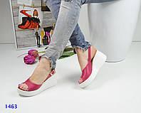 Женские босоножки на танкетке 7 см, натуральная кожа, розовые / летние босоножки женские, стильные