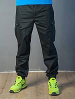 Брюки -карго с накладными карманами