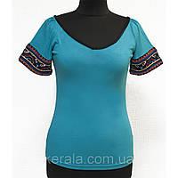 Летняя женская футболка голубая