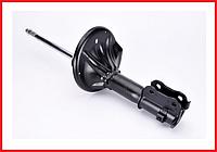 Амортизатор передний левый газомаслянный KYB Hyundai Elantra 2/3 XD/J-2, Coupe RD (96-06) 333206