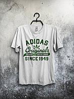 Белая мужская футболка Adidas Originals с принтом