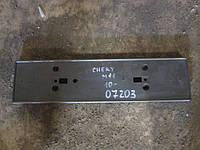 Панель крепления номерного знака Mitsubishi Outlander 2.0, 2004г.в. MN181218