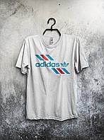 Белая мужская футболка Adidas с принтом