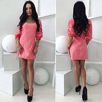 Женское красивое платье нежного цвета прошва