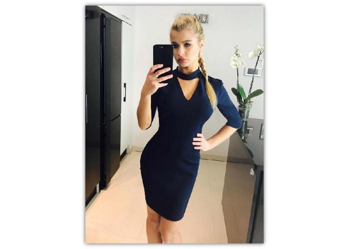 Короткое коктейльное женское платье