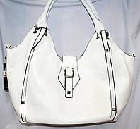 Женская белая сумка в кож заме