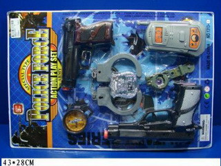 Полицейский набор 1313-1 2 пистолета, рация, наручники, часы