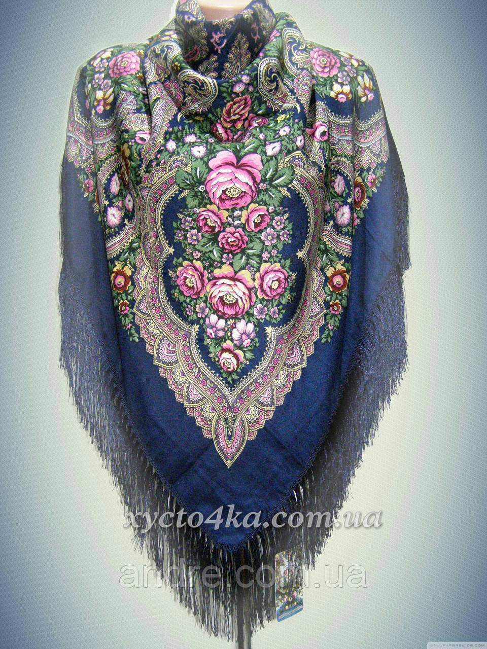 Шерстяной платок с пышной бахромой Дыхание лета, тёмно синий 120см