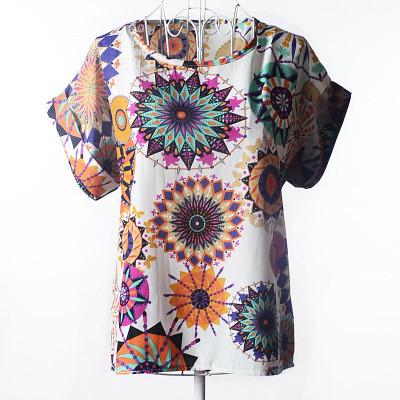 Блуза женская с короткими рукавами / Футболка шифоновая с абстрактными кругами 44