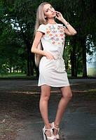 Женская белая туник с лена с рисунком цветов