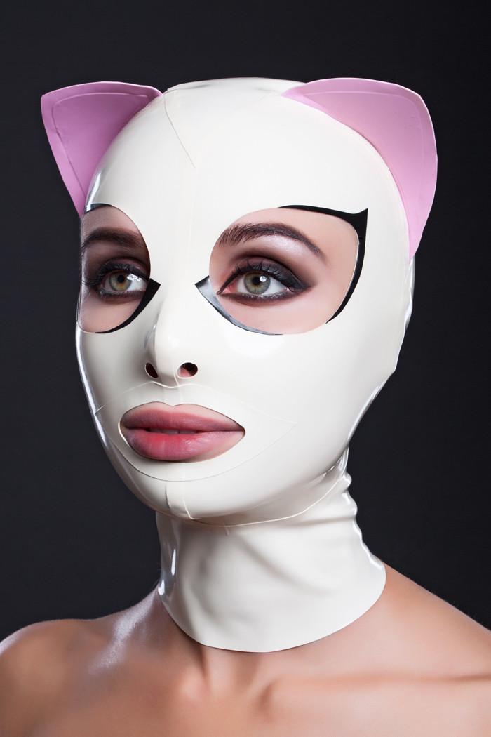 Латексная маска кошки с ресничками и розовыми ушками