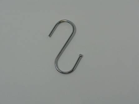 Крючёк S-образный (средний. прут - 3 мм. Высота 6.9 см)