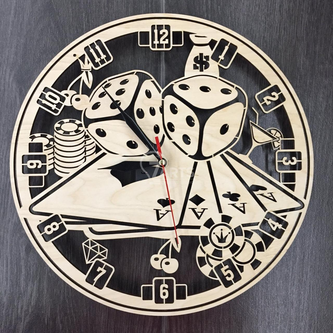 Часы настенные «Казино»