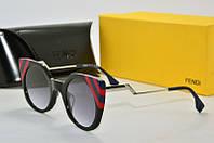 Солнцезащитные очки Fendi черные с красным