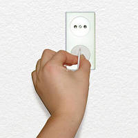 Dreambaby Набор заглушек на розетку Outlet plugs+keys F899