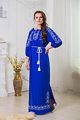 Шелковое вышитое платье длинное
