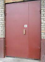 Подъездные двери.
