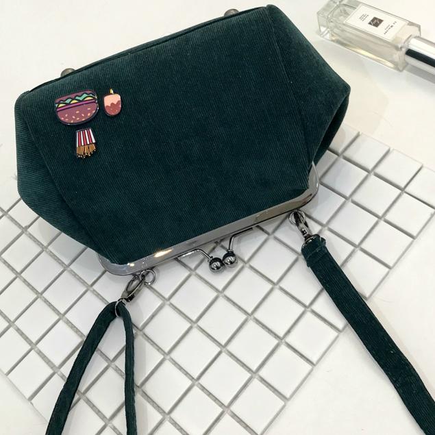 Модная сумочка через плечо