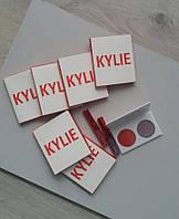 Лимитированный набор KYLIE Kiss Me Mini Kit: 2 помады и 2 тени для век