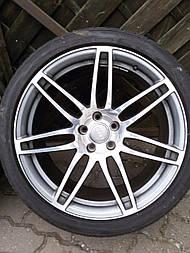 20 колеса на Audi A8 RS8