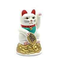 Кошка Манэки-нэко машущая лапой пластик 11х7х7 см батарейки в комплект не входят
