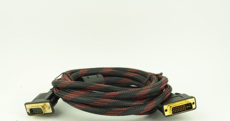 Видео кабель VGA/DVI 2 феррит. 3м - интернет-магазин «S-Trade» в Киеве
