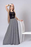 Яркое длинное женское трикотажное с гипюром платье в пол черное с белым, 46