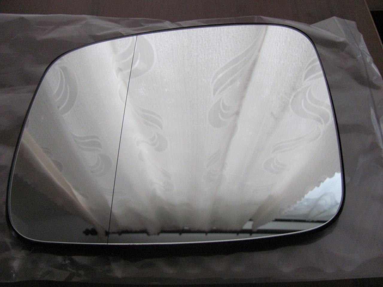 Вкладиш зеркала  VW T4/фольцваген т4 ліве асферичне підігрів