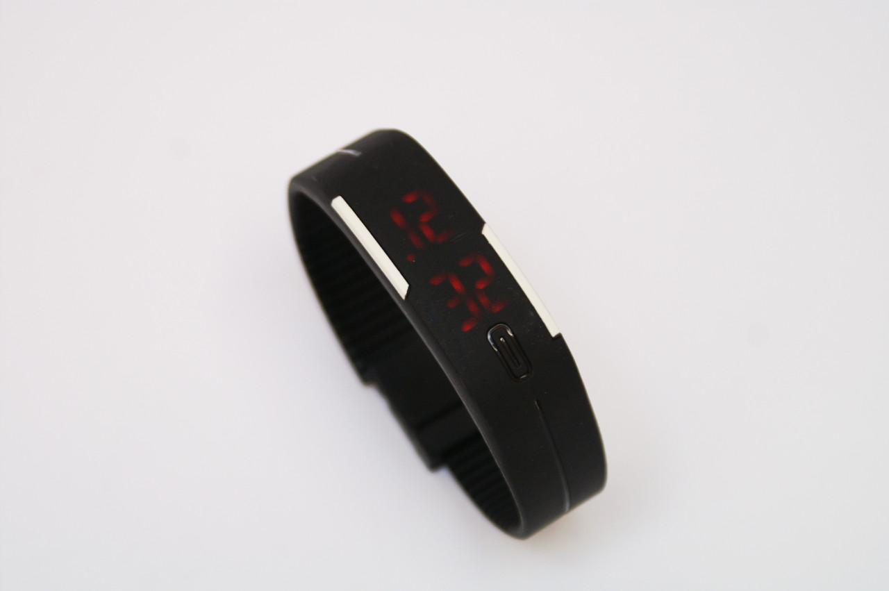 Часы браслет, спортивные часы на силиконовом ремешке LED 004