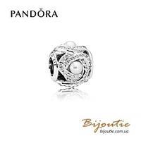 Pandora шарм СВЕТЯЩИЙСЯ ЛЮБОВНЫЙ УЗЕЛ #792105WCP серебро 925 Пандора оригинал