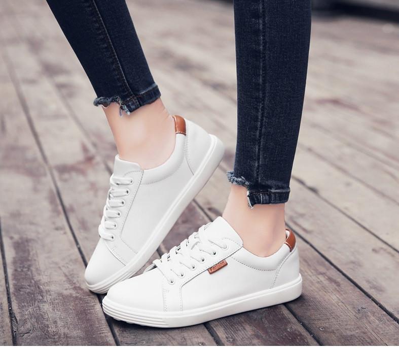 1552933492c8 Спортивные кожаные туфли весенние: продажа, цена в Чернигове. туфли женские  от ...