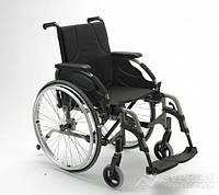 Облегченная инвалидная коляска Invacare Action 4 Base NG, ширина 38 см, темно-красный