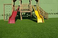 Искусственная ландшафтная трава для декора, террас, веранд, зон отдыха, ресторанов, детских площадок.