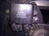 Блок управления вентилятором Mitsubishi Outlander 2.0, 2004г.в. 1355A124