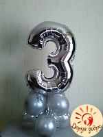 №6 Фольгированная цифра на подставке из шаров Днепр