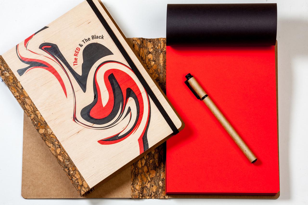 """ЭкоБлокнот ДЕРЕВЯННЫЙ с черно-красными листами """"Red & Black"""" + ручка"""