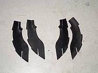 Резинка под жабо лобового стекла  (левая,правая) Hyundai Tucson  (04-10) 2,0 бензин механика