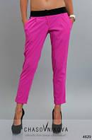 Женские летние укороченные брюки малина