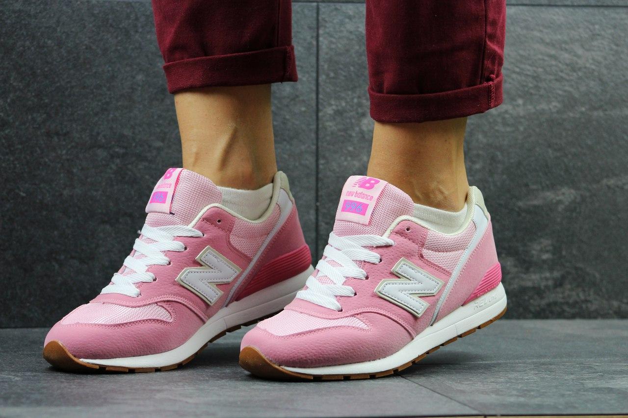 Жіночі кросівки New Balance 996 рожеві