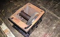 Редуктор промежуточный (к трактору DW120 / DW120B)