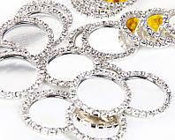 Основа (крышечка) для серединки бантика (заколки), 2,5/3,3 см, в оправе из камней, 10 шт/уп. серебристая оптом