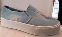 Слипоны женские джинсовые светлые 0190КФМ