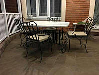 Мебель с коваными эллементами