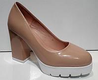 Туфли женские стильные толстый каблук лаковые 0205КФМ