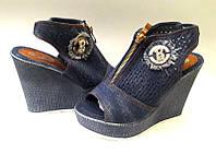 Босоножки женские на танкетке джинсовые 0328КФМ