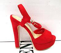 Босоножки женские на платформе, высокий каблук красные и бежевые  0001ФМ