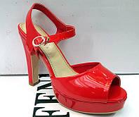 Босоножки на платформе и каблуке красные, черные 0002ФМ